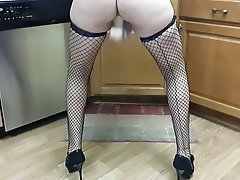 Amateur, Masturbation, MILF, Squirt, Stockings